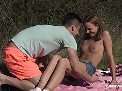 Outdoor copulation not later than picnic with regard to natural tits babe Poppy Pleasure