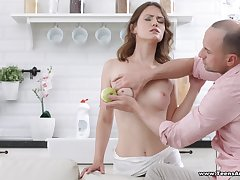 Foreplay leads to passionate ass poking with a fat unearth be fitting of Sofy Torn