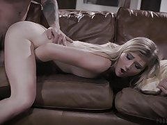 Energized blonde girl fucked merciless and jizzed off out of one's mind her step dad