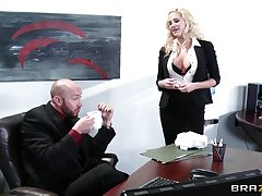 Wild coition on the office table with delicious secretary Jessica Nyx