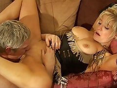 Amateur fucking on burnish apply siamoise with cock hungry blonde wife Jayne