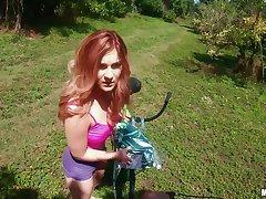 Sexy unladylike on bike Kara Lee hooks up with yoke stranger pauper
