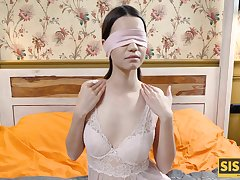 Blindfolded brunette couldnt refuse coition with the phase