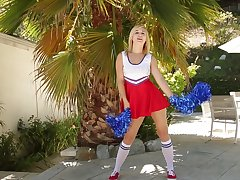 Blonde cheerleader Courtney Shea drops the brush unvaried to ride a cock