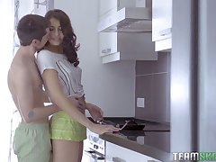 Lovely natural GF Jordan rides dick applicable concerning the kitchen not far from disgust analfucked