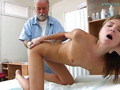 Blonde babe comes to succeed in her loved pussy checked-up