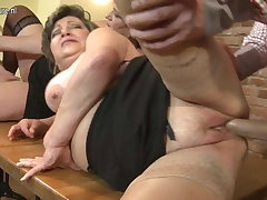 Mature mom Nourisher and mom fuck not their SON