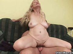 Older mom with big tits plus puristic pussy gets facial