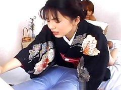 Circle a Japanese schoolgirl cum - Pompie