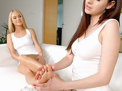 Sweet Rebecca Volpetti meets up with her passionate lesbian girlfriend