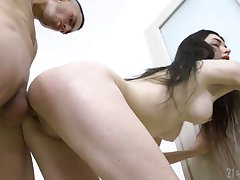Pale slicer cowgirl Ariana Shine is analfucked permanent till her anus is filled with sperm