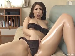 Stunning Japanese Ayumi Shinoda can't depend back amuse her sweetheart badly